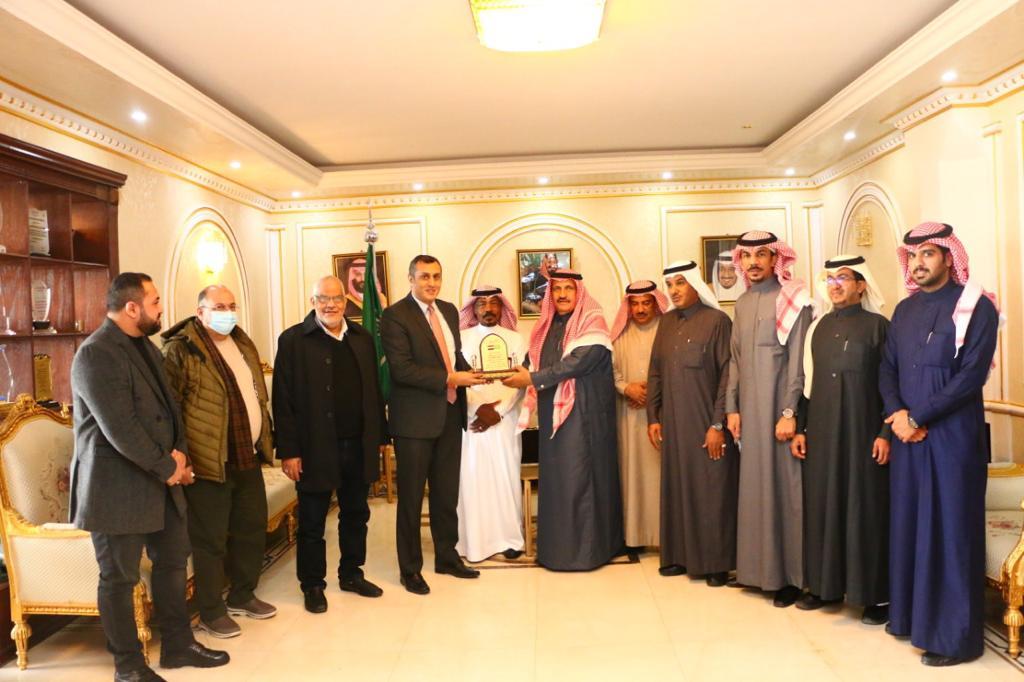 غرفة الجوف تستقبل القنصل المصري لدى المملكة